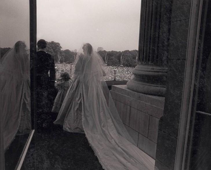 Avant le kiss royal