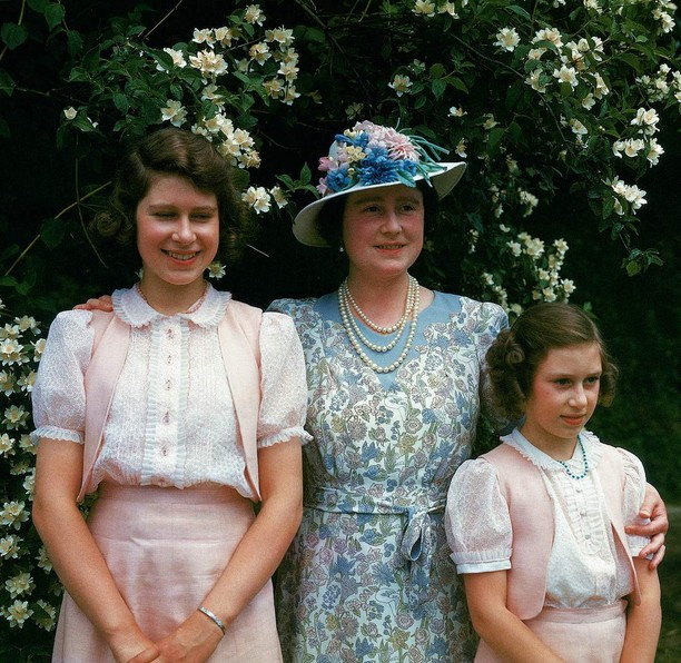 La reine Elizabeth et les princesses en 1943