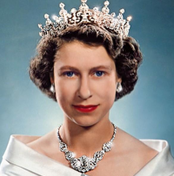 La reine a les yeux bleus, bleu Windsor