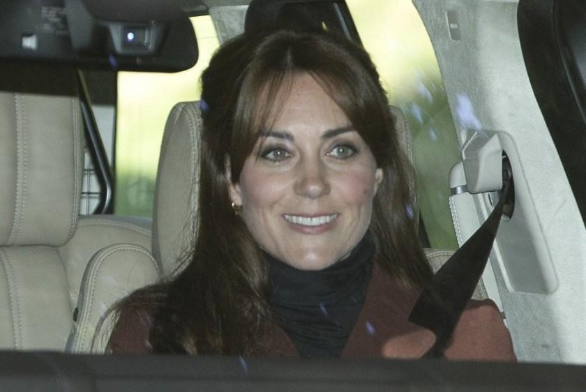 Il fait frisquet en Ecosse et Kate a ressorti son manteau Hobbs