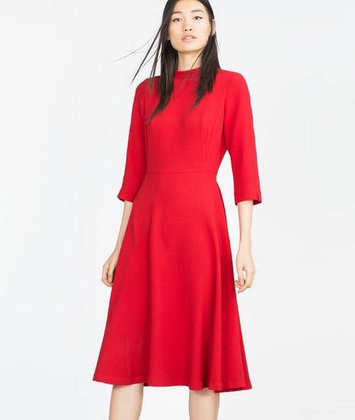Quelle robe sous le sapin    Dans le boudoir de Kate Middleton a9407ec68bc