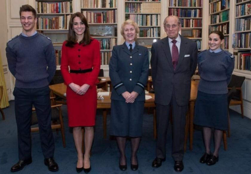 Premier patronage militaire de Kate