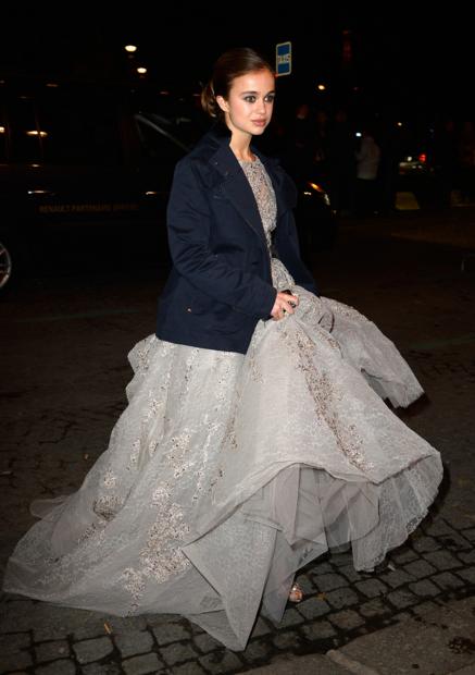 lady-amelia-bal-debutante-tulle-robe