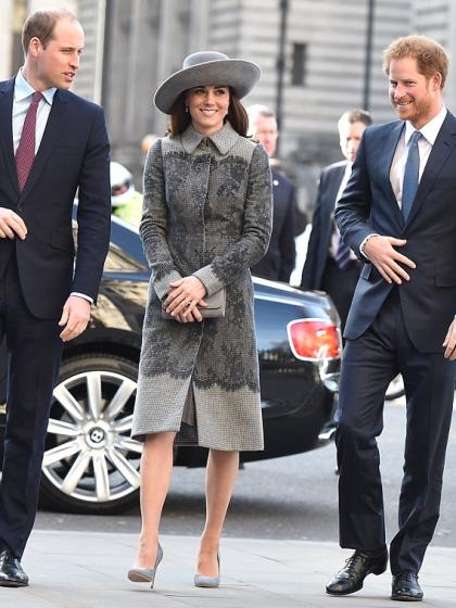 royals-westminster-commonwealth-day-kate-manteau-dentelles-erdem