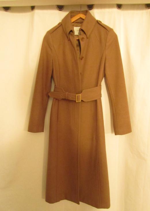 Amy coat LKB camel jamais porté taille U8 prix 180+frais de port