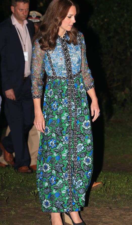 Kate relance la robe folklorique