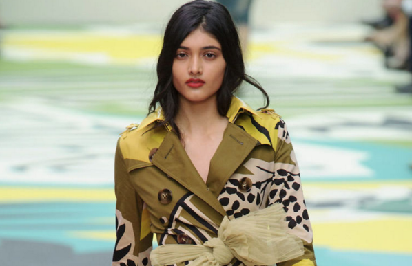 Neelam Gill en Wax trench