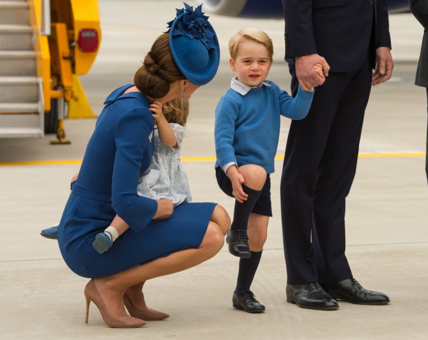 kate-george-tarmac-victoria-royal-visit-mum
