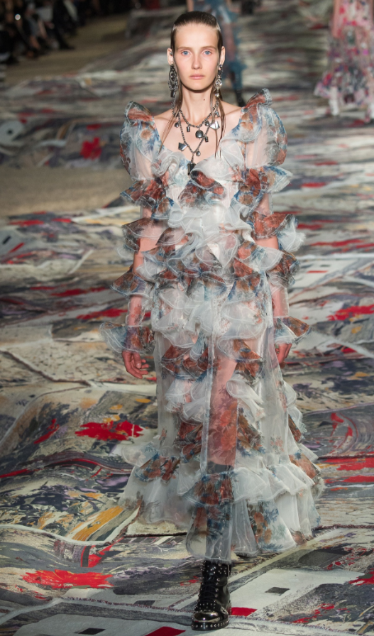 mcqueen-robe-longue-ete-2017