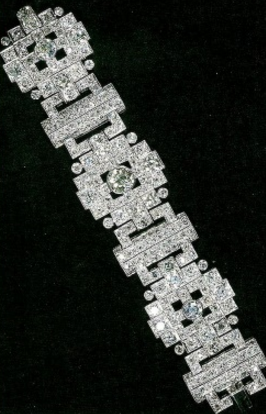 bracelet-diamants-kate-soiree-diplomatique