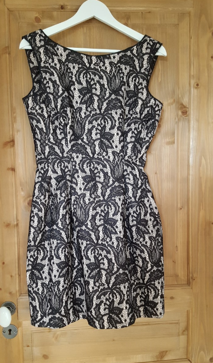 Zara Tulip dress Taille M 80€
