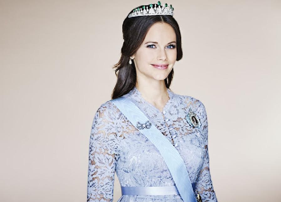 princesse-sofia-suede-portrait-officiel-tiare