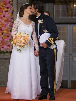 sofia-carl-kiss-mariage