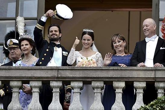 sofia-pouce-balcon-mariage