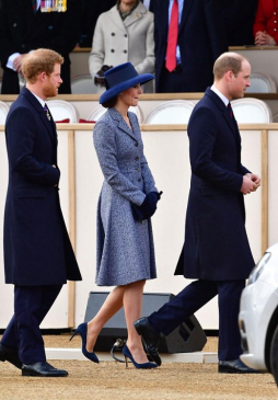 kate-william-harry-memorial-guerre