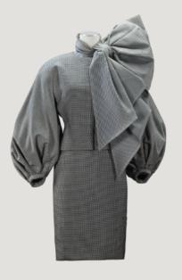 Tailleur drap de laine pied-de-poule garni d'un nœud d'organza Gianfranco Ferre F/W 1989-90
