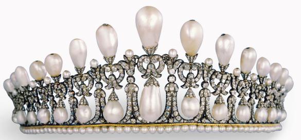 Cambridge Lover's Knot tiara