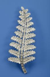 Fougère platine et diamants emblème de la Nouvelle-Zélande