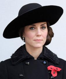 La duchesse étrenne de nouvelles bo le jour de Remembrance Day