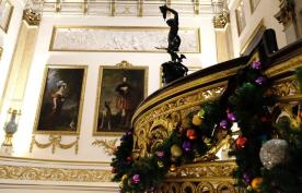 Le palais a mis ses habits de fêtes