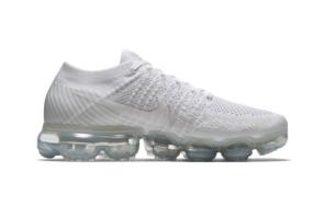 Nike Air VaporMax Flyknit Running Shoe
