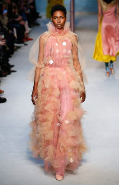 illincic-gown-tulle-london