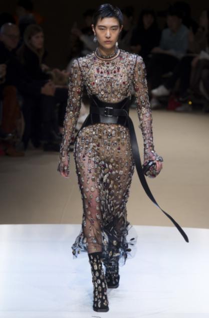 mcqueen-robe-soir-corset-ceinture