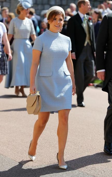 La princesse Eugénie dans son look Sixties Gainsbourg au mariage de M&H