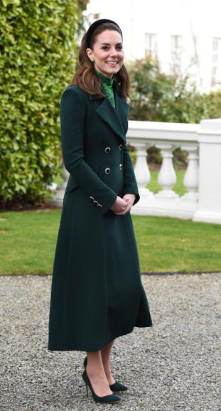 Manteau Catherine Walker vu à Dublin